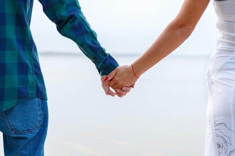 Reč tela žien a 3 signály, že partnerka už loví v inom revíri